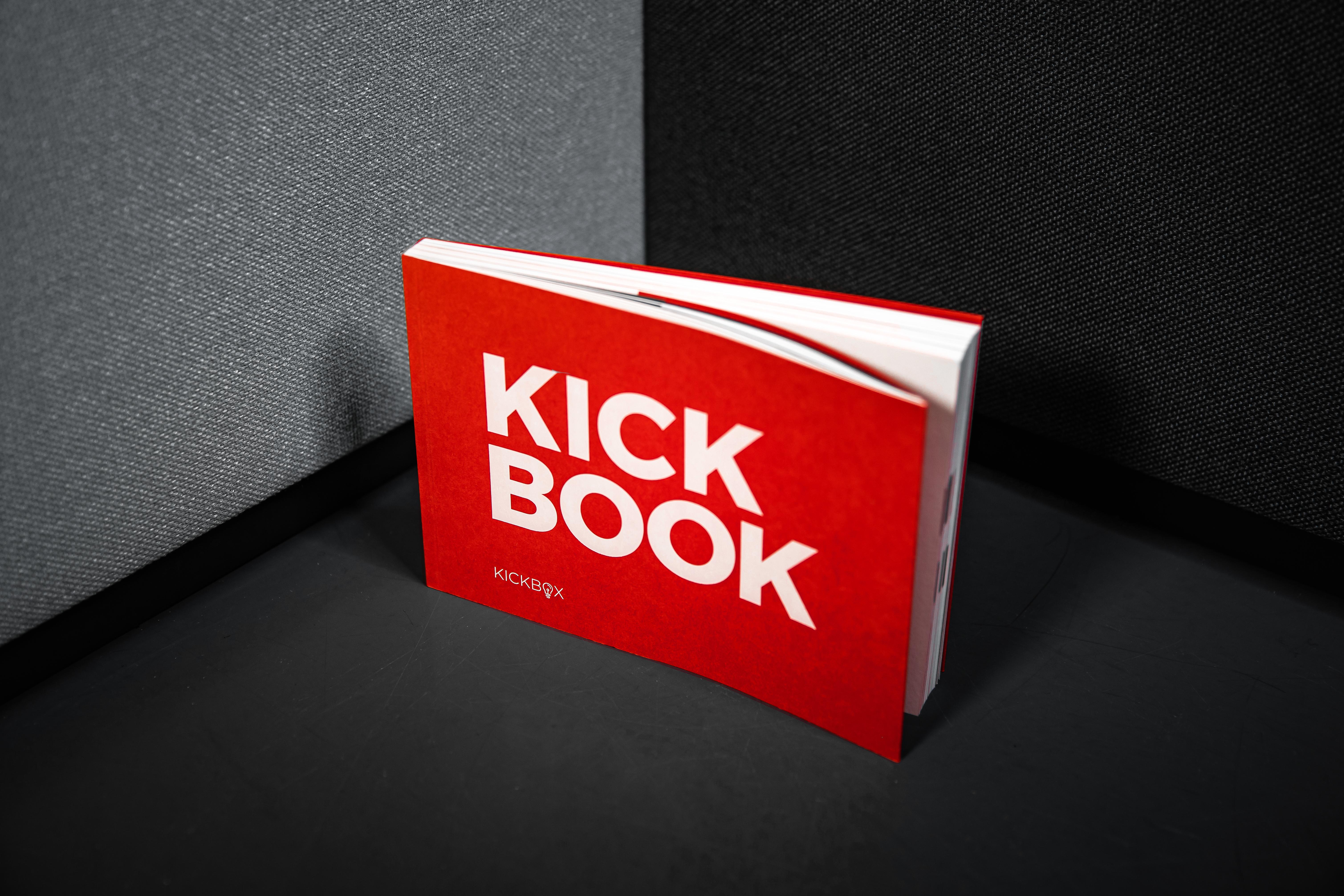 Kickbooks_09